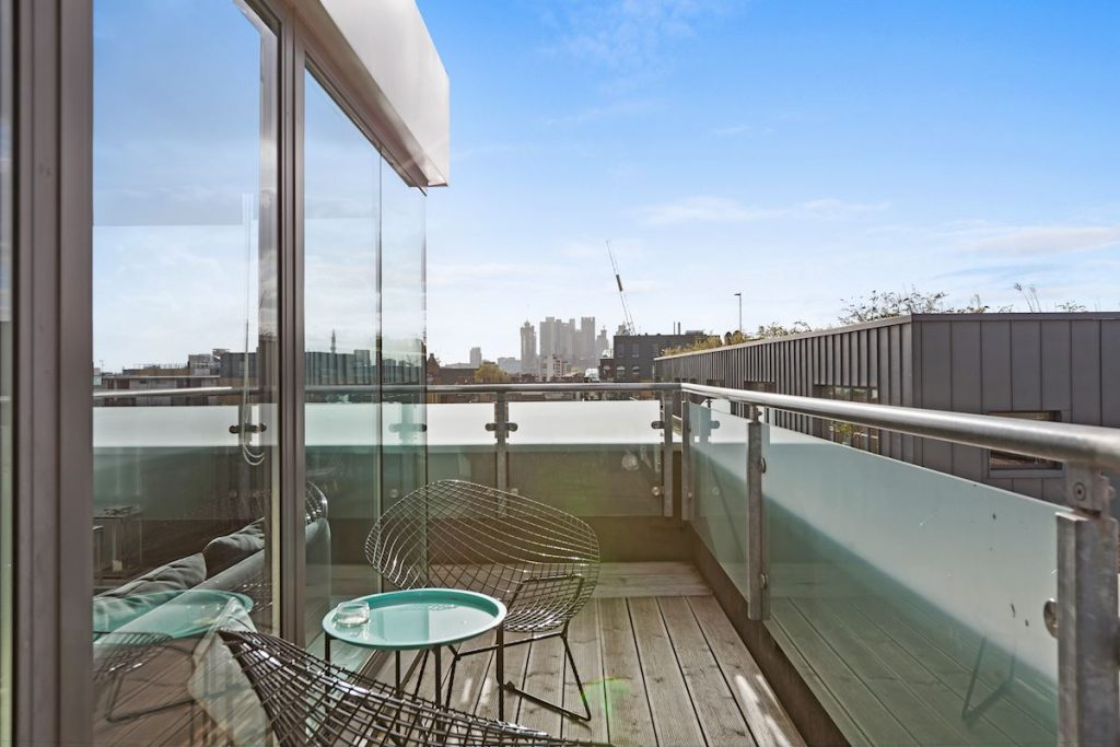 Penthouse gosse court 19 downham rd n1 5bf 499 950 - Penthouse ac du square one studio ...